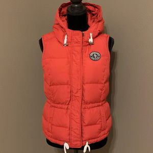 Abercrombie & Fitch Women's Red Hooded Down Vest L